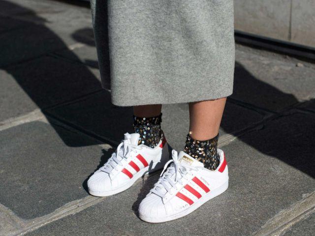 calzini con sneakers