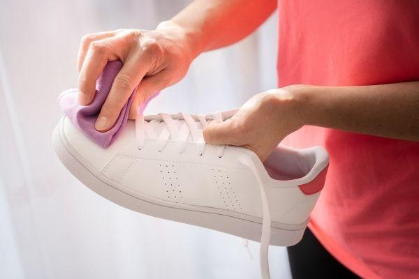 Pulizia delle sneakers